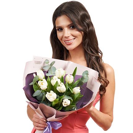 """Букет """"9 белых тюльпанов"""" - доставка по Украине"""