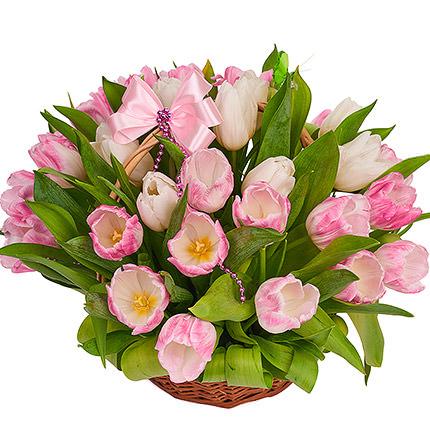 Корзина нежных тюльпанов - заказать с доставкой