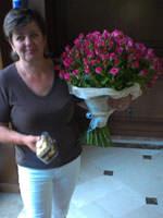 Букет з кущових троянд