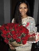 51 червона троянда з ведмедиком