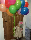 25 multicolored balloons