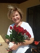 Роза красная (поштучно)