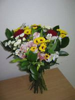 Mixed bouquet of flowers