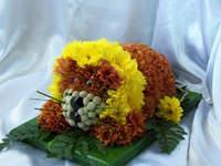 Левеня з квітів