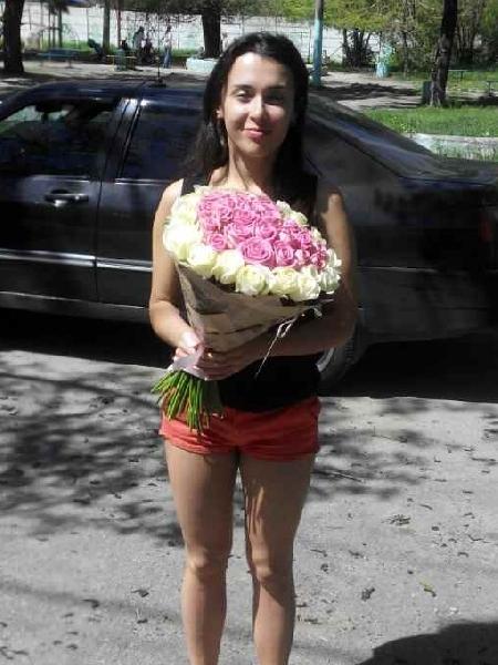 Фото шикарный букет белых роз