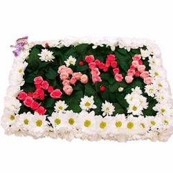 "Inscription of flowers ""Mama"""