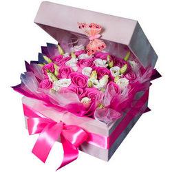 """Цветы в коробке """"Для любимой девушки"""""""