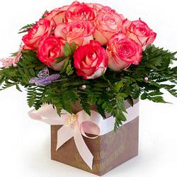 """Цветы в коробке """"Нежный шелк"""""""