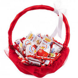 "Basket ""To favorite sweet tooth"""
