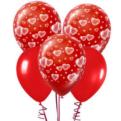 5 red balloons with hearts