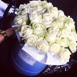 """Квіти в коробці """"Ніжні обійми"""""""