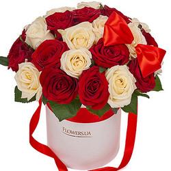 """Цветы в коробке """"Сладкий поцелуй"""""""