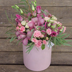 "Цветы в коробке ""Нефертити"""