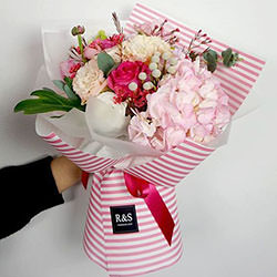 "Bouquet ""Queen of tenderness"""