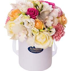 """Цветы в коробке """"Прекрасное чувство!"""""""
